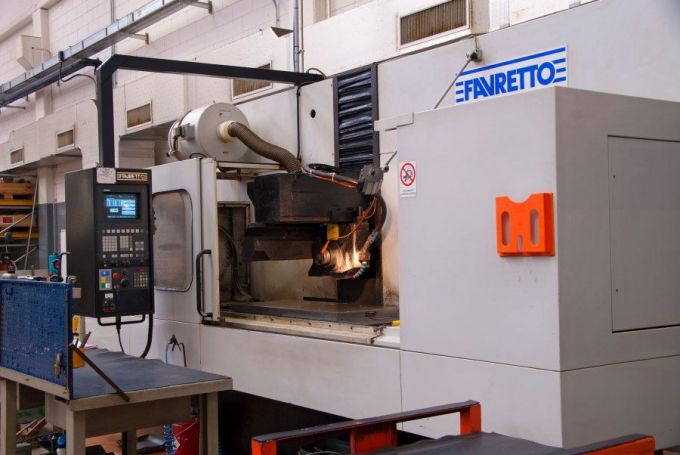 CNC Tangentialschleifen Favretto